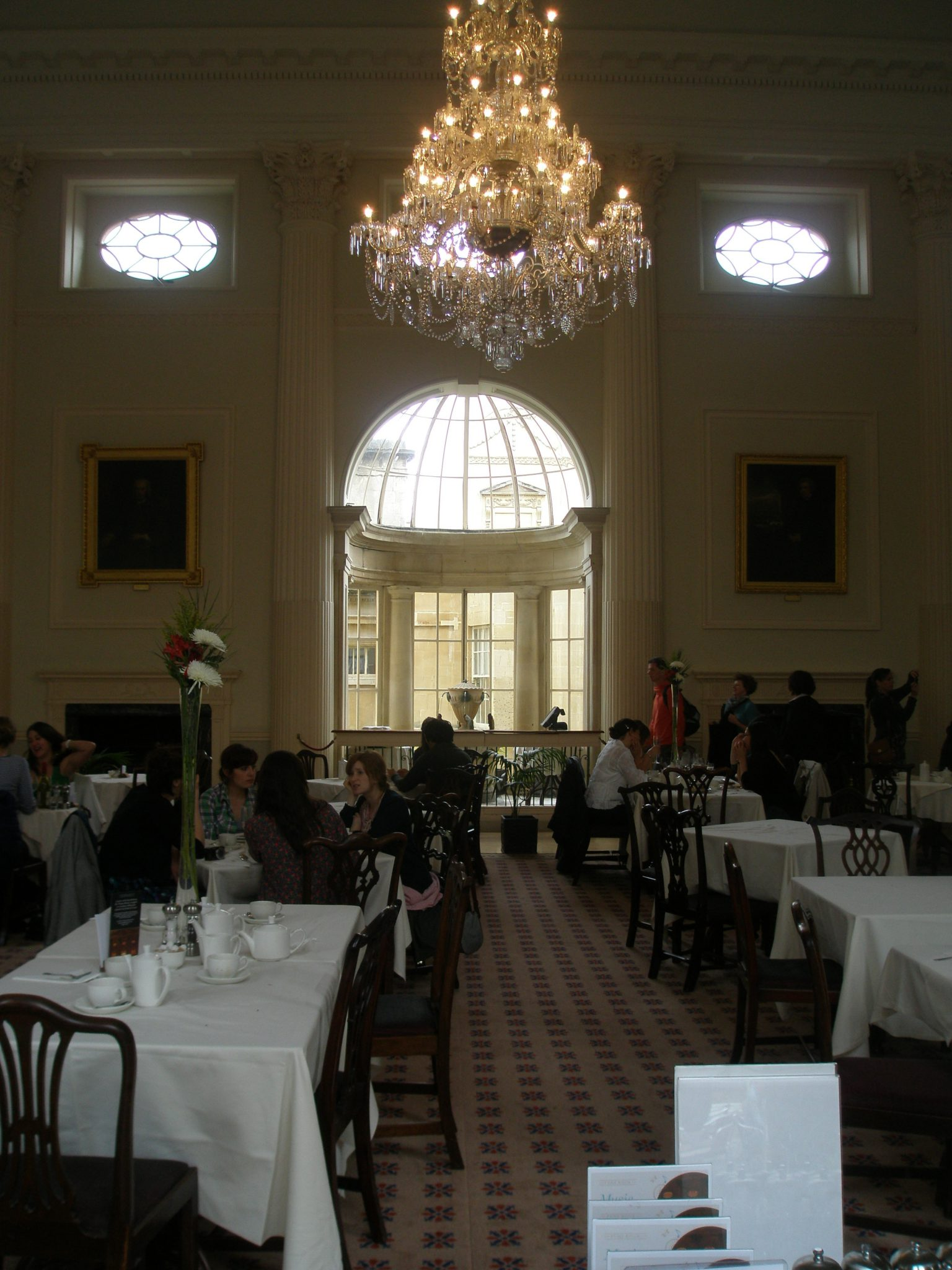 Another view of the Pump Room, just before closing time