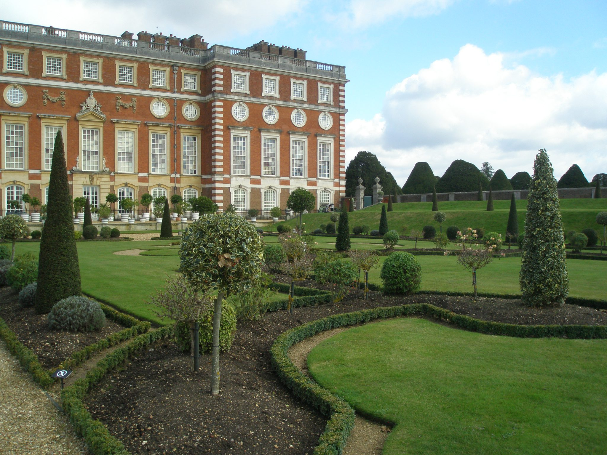 The Knot Garden area of the Privy Garden