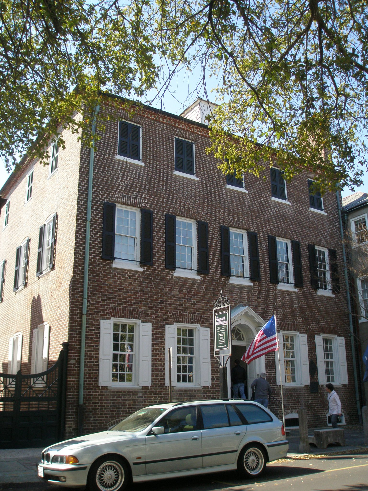 Heyward-Washington House. Front Elevation.