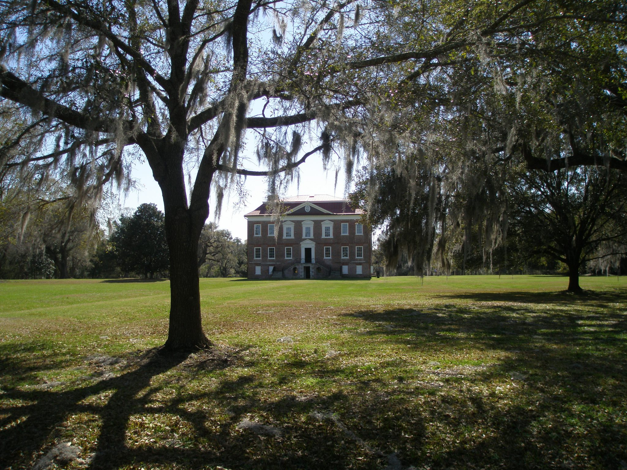 The much-plainer Riverfront Elevation of Drayton Hall