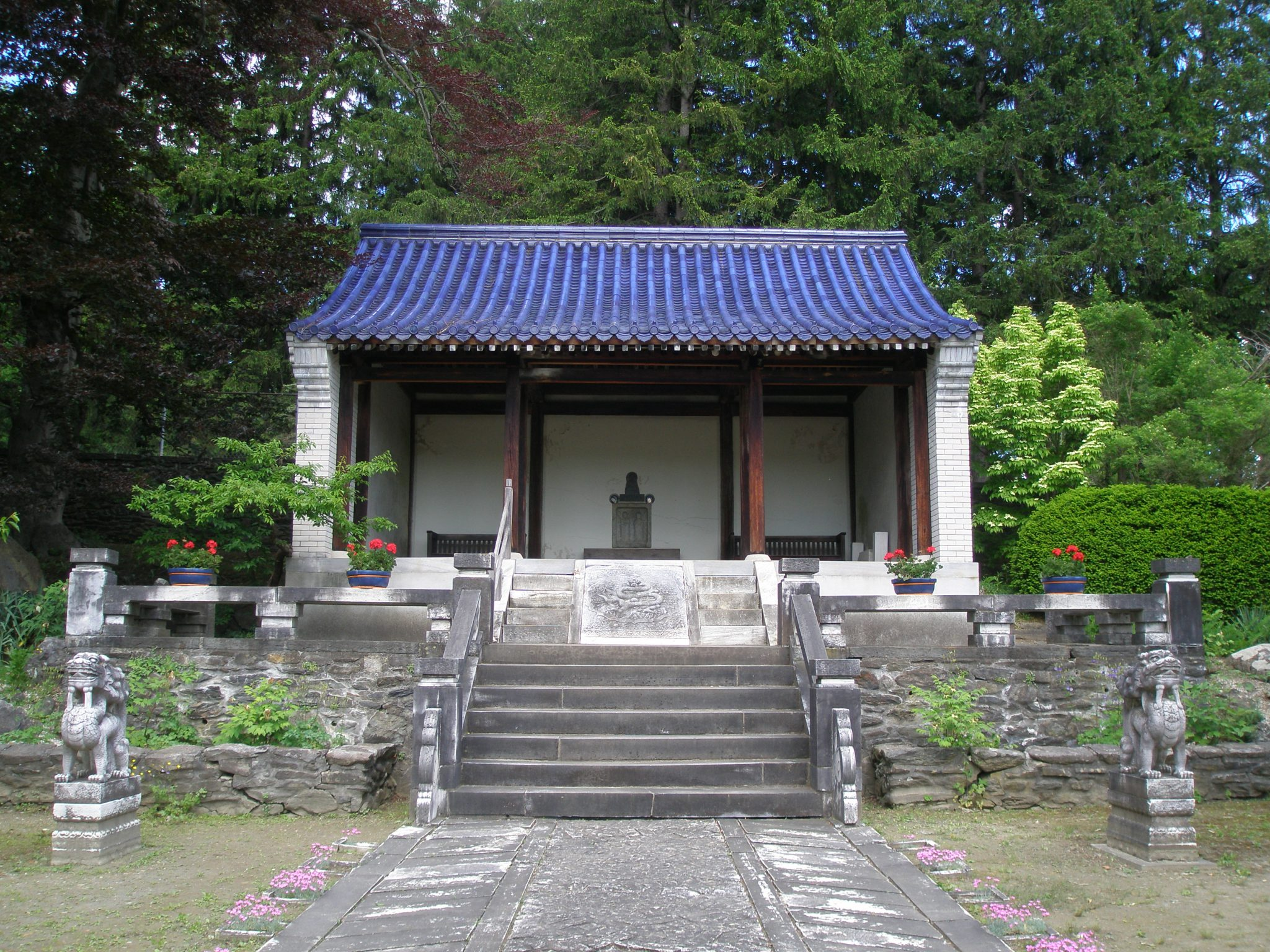 A Temple adorns the highest point in the Chinese Garden