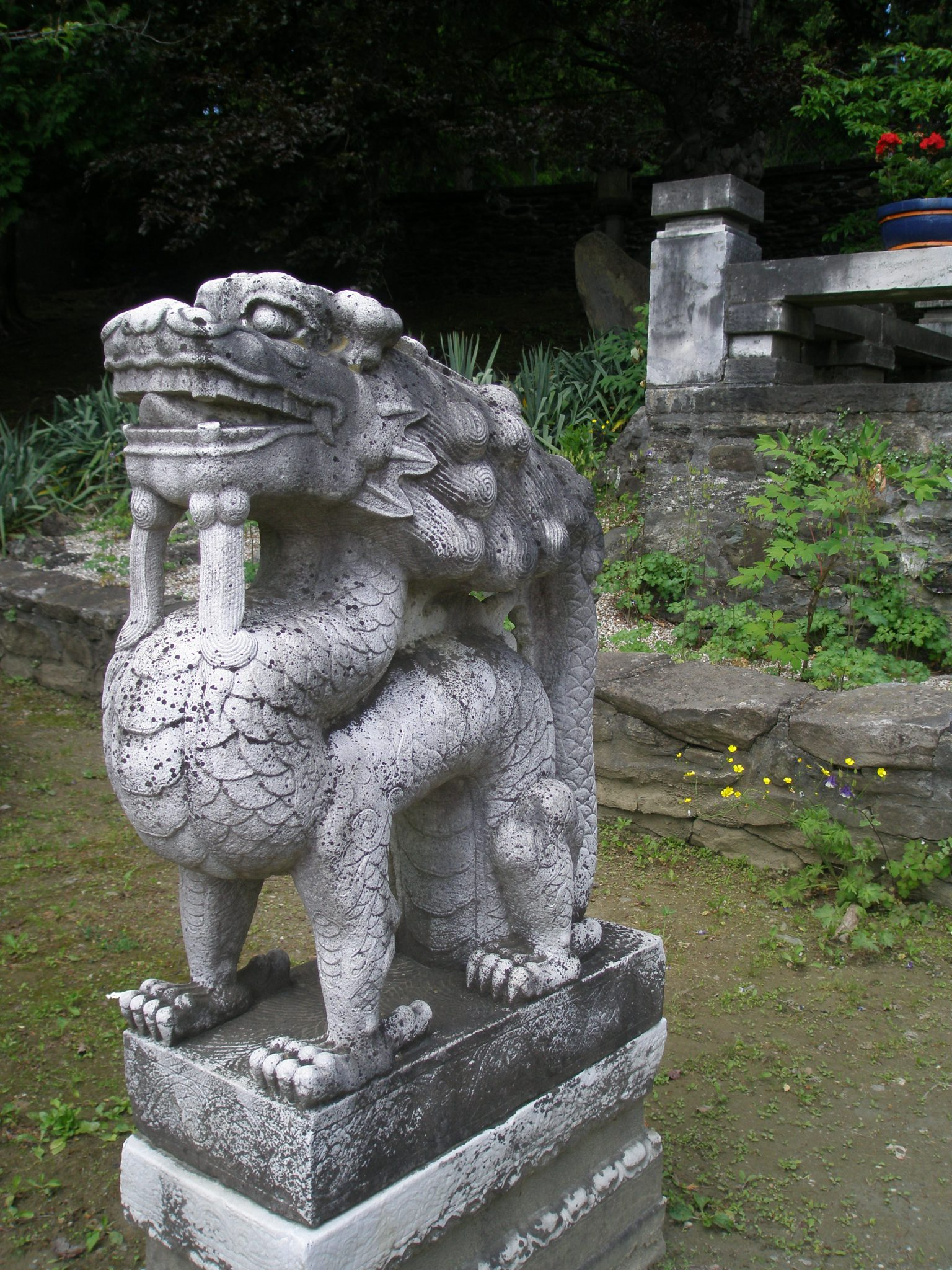 Ferocious Foo Dogs guard the Temple