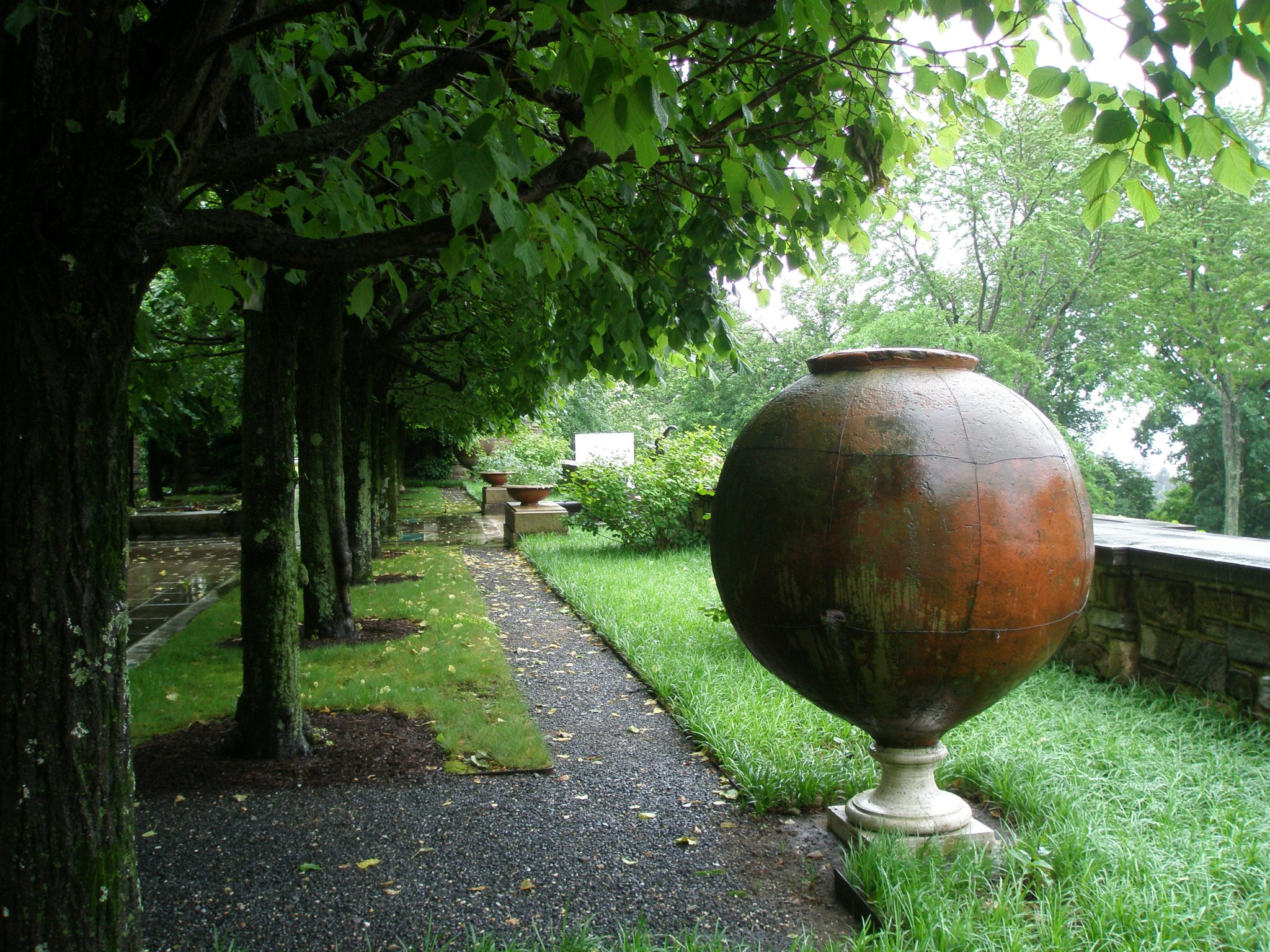 Giant Etruscan Oil Jar, on the Linden Allee