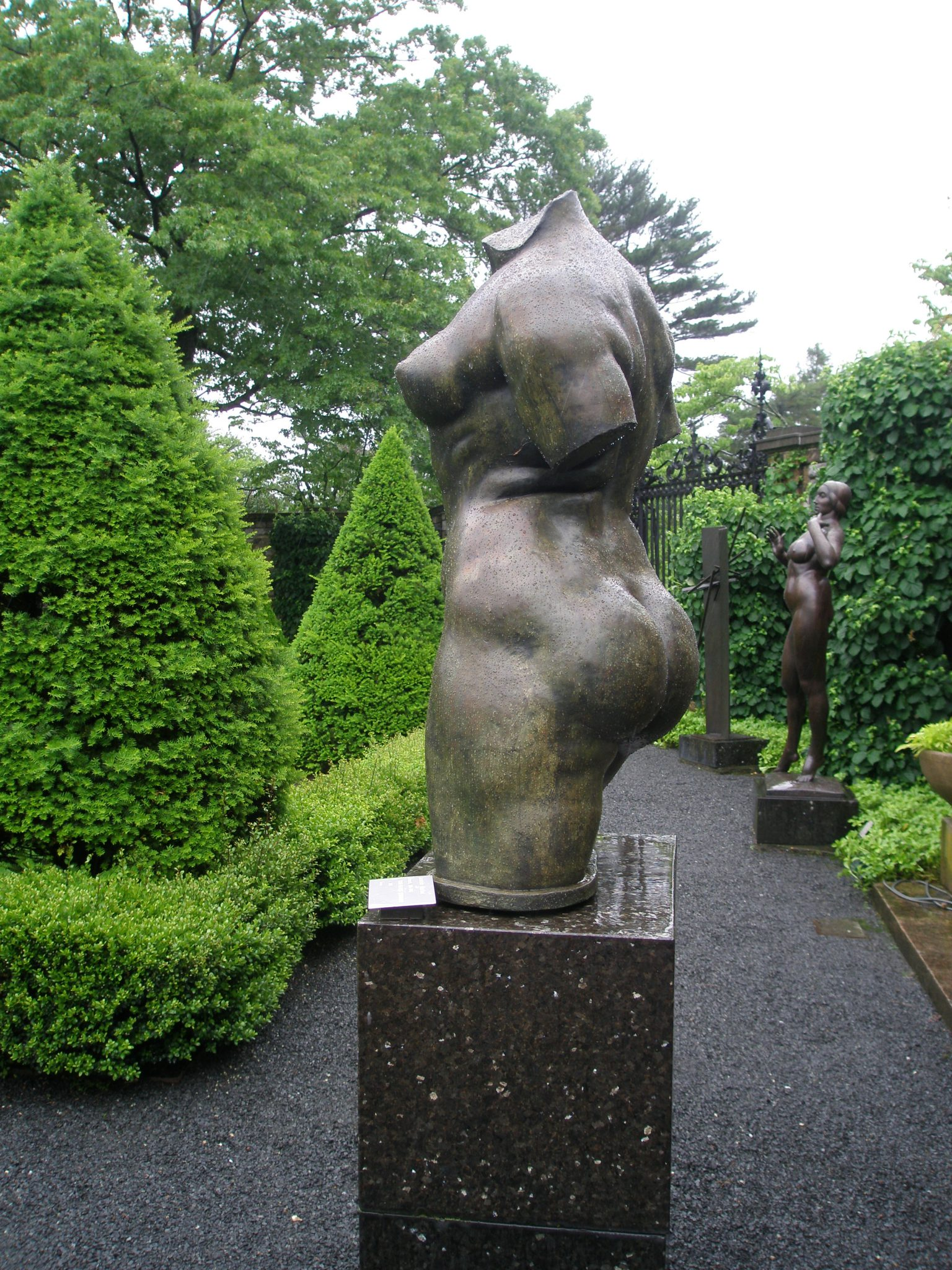 More statues adorn the Inner Garden