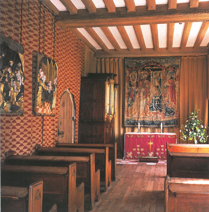 The Gloriette's Chapel. A large, late 15th century tapestry depicting the Adoration of the Magi hangs above the altar. Image courtesy of Leeds Castle.