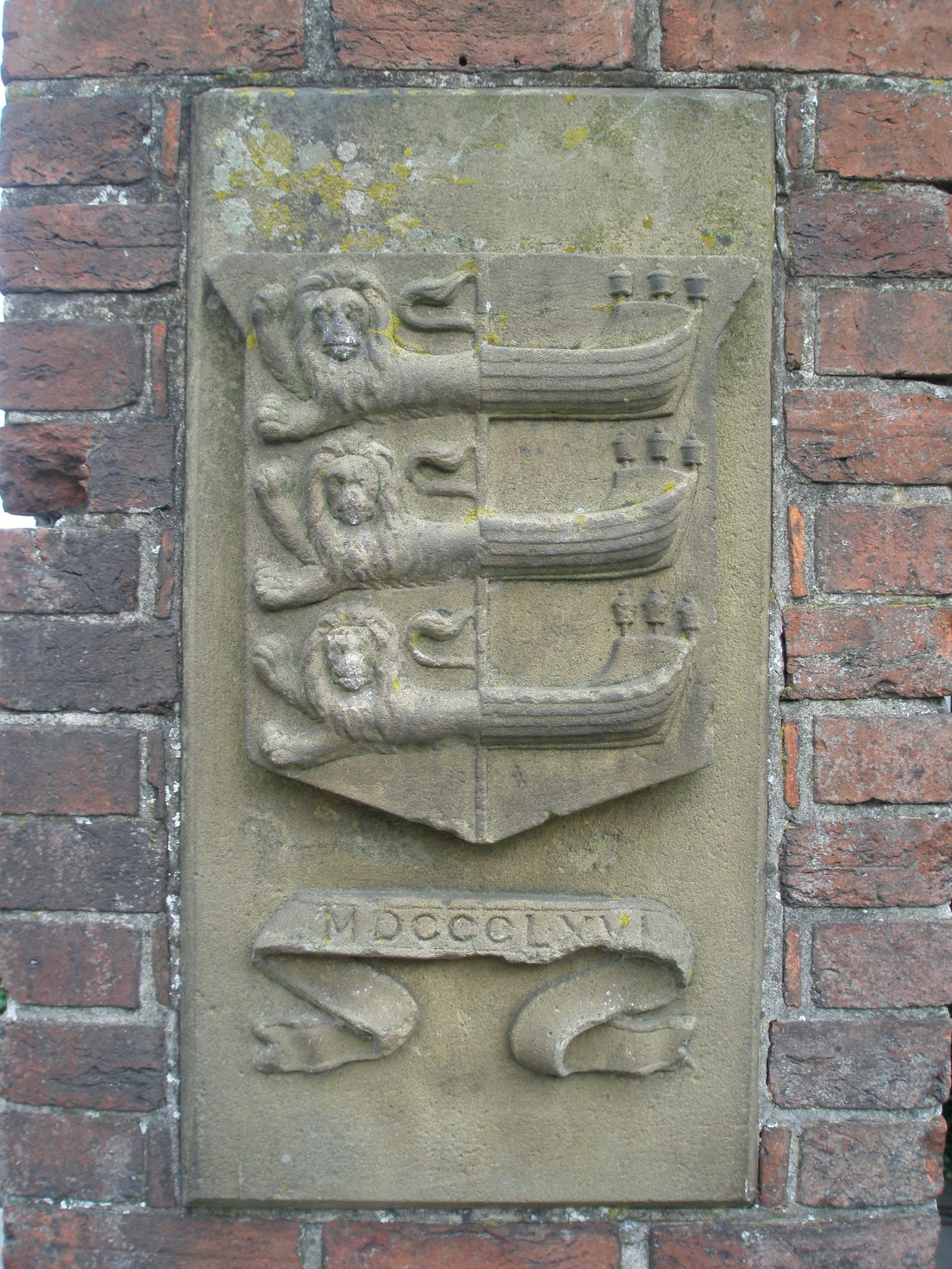 The Rye Coat of Arms, on the base of the Landgate.