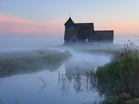 Stuart Black's dawn photo of St.Thomas Becket Church
