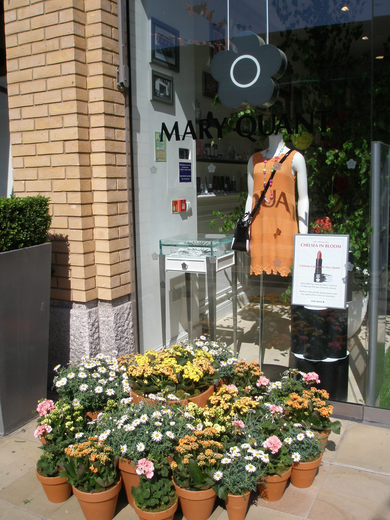 The Mary Quant store on Duke of York Square kept it simple...