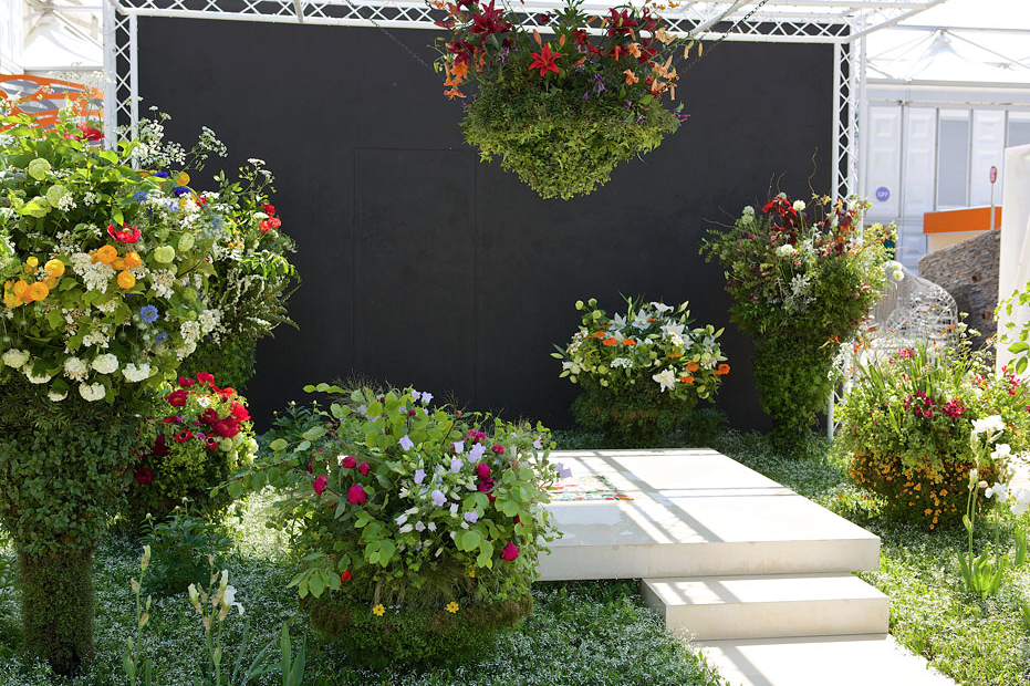 Flora. Designed by Sarah Eberle for Gucci. Image courtesy of the RHS.