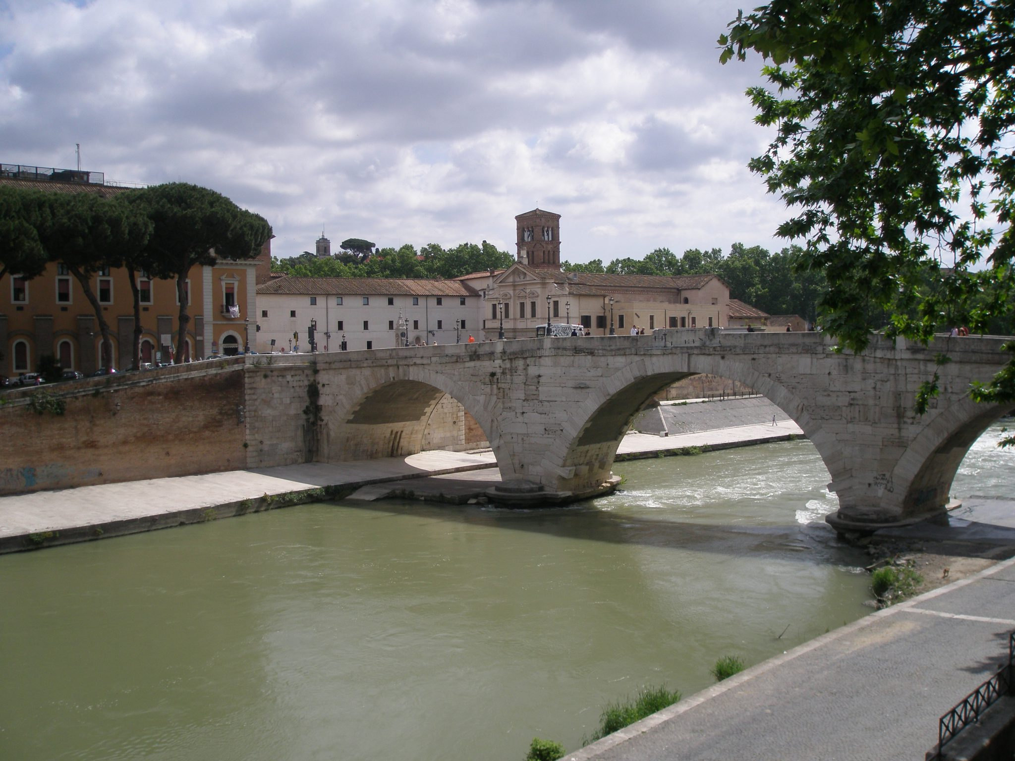 From the Trastevere-side of the Tiber: a view of Ponte Cestio, and of Isloa Tiberina itself.