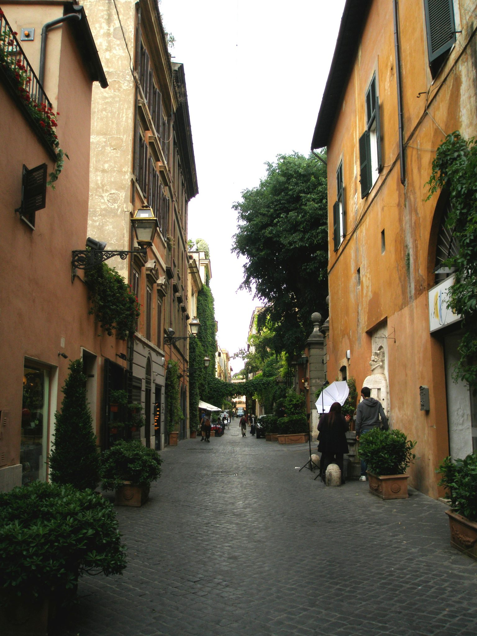 Looking northward, on Via Margutta
