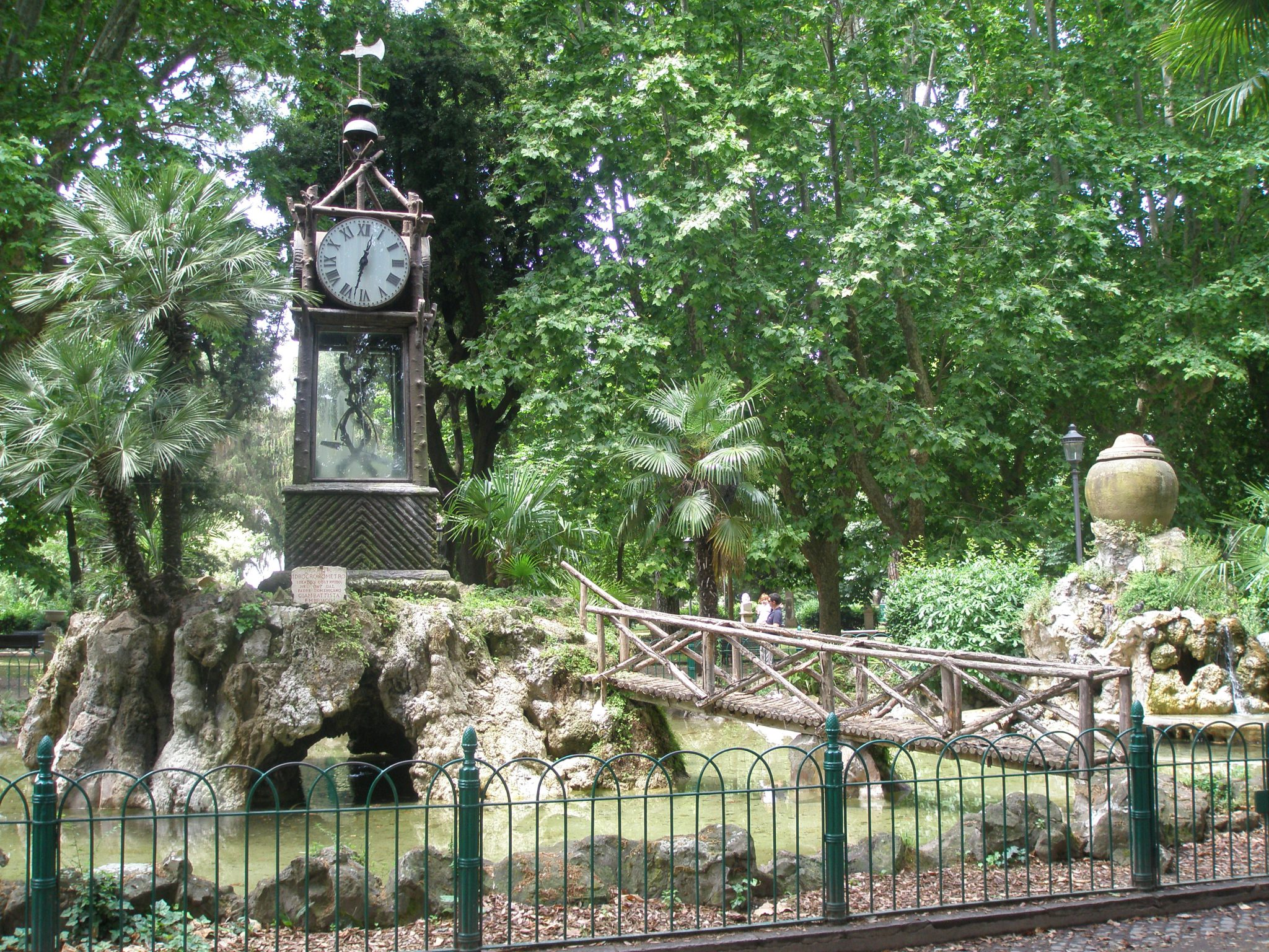Gian Battista Embriaco's hydrochronometer was installed in the gardens in 1873. This water clock still keeps perfect time.