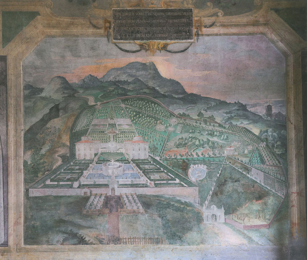 Palazzina Gambara Loggia. A fresco of Villa Lante's own gardens. Image courtesy of Il Pegaso Bookshop, in Bagnaia.