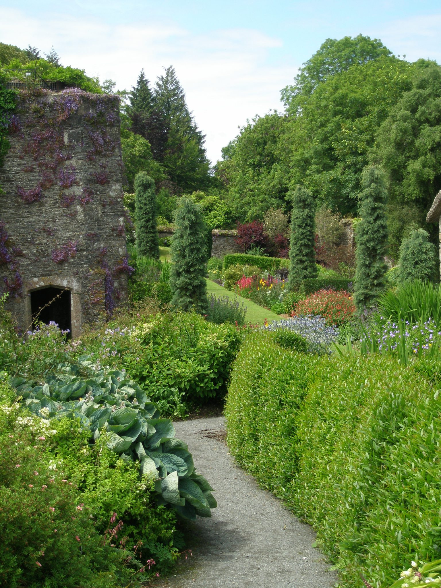 A closer look at the Tower Ruins and the Bottom Terrace Garden
