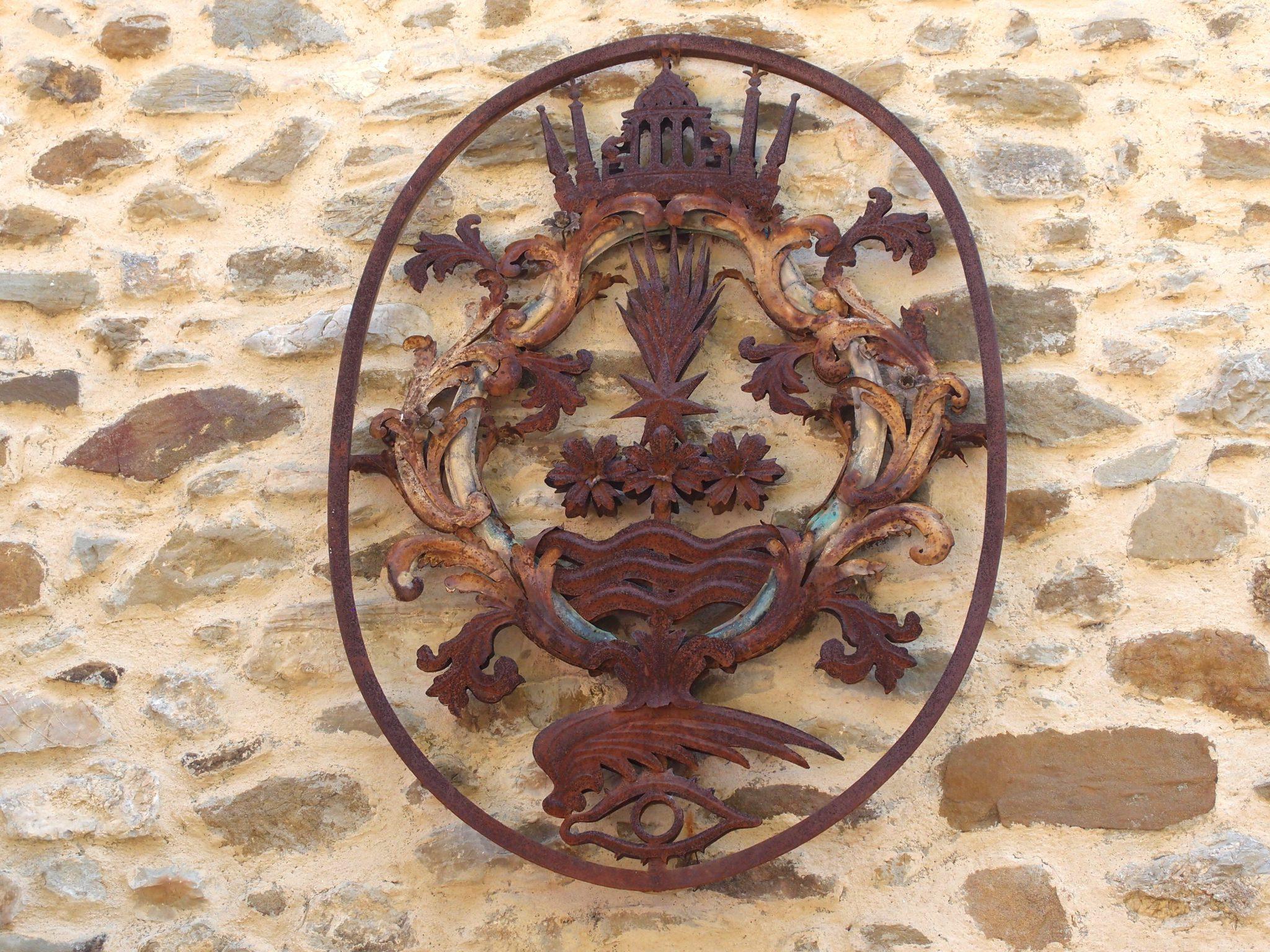 A Heraldic Symbol, as we approach the Garden