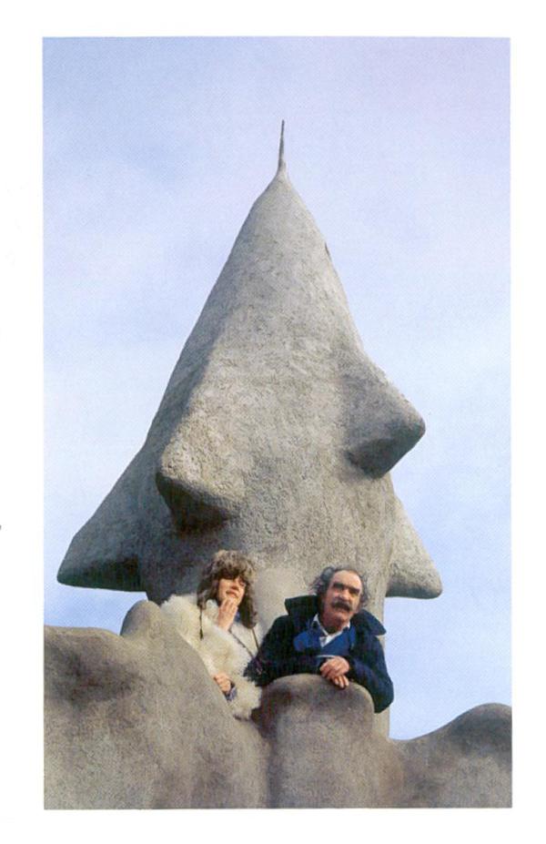 Niki de Saint Phalle and Jean Tinguely, by Emperor's Rocket, during construction. Image courtesy of Il Fondazione Giardino Dei Tarocchi.