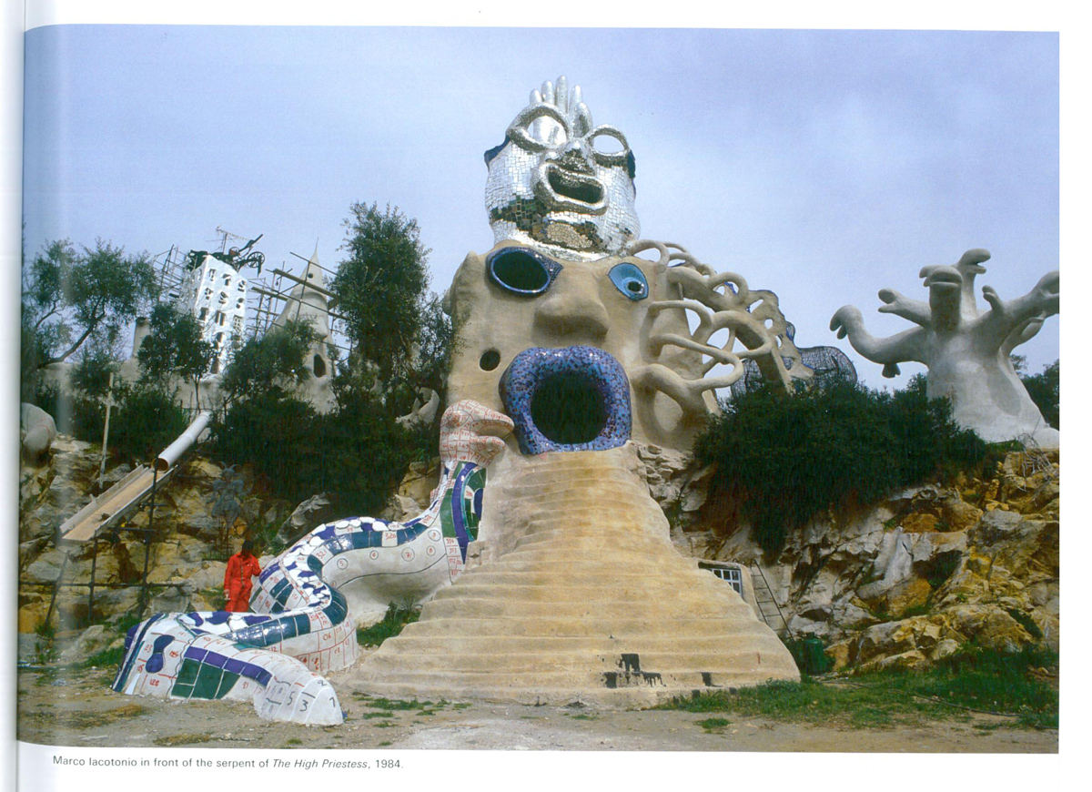 Another view of the High Priestess, under construction in 1984. Image courtesy of Il Fondazione Giardino Dei Tarocchi.