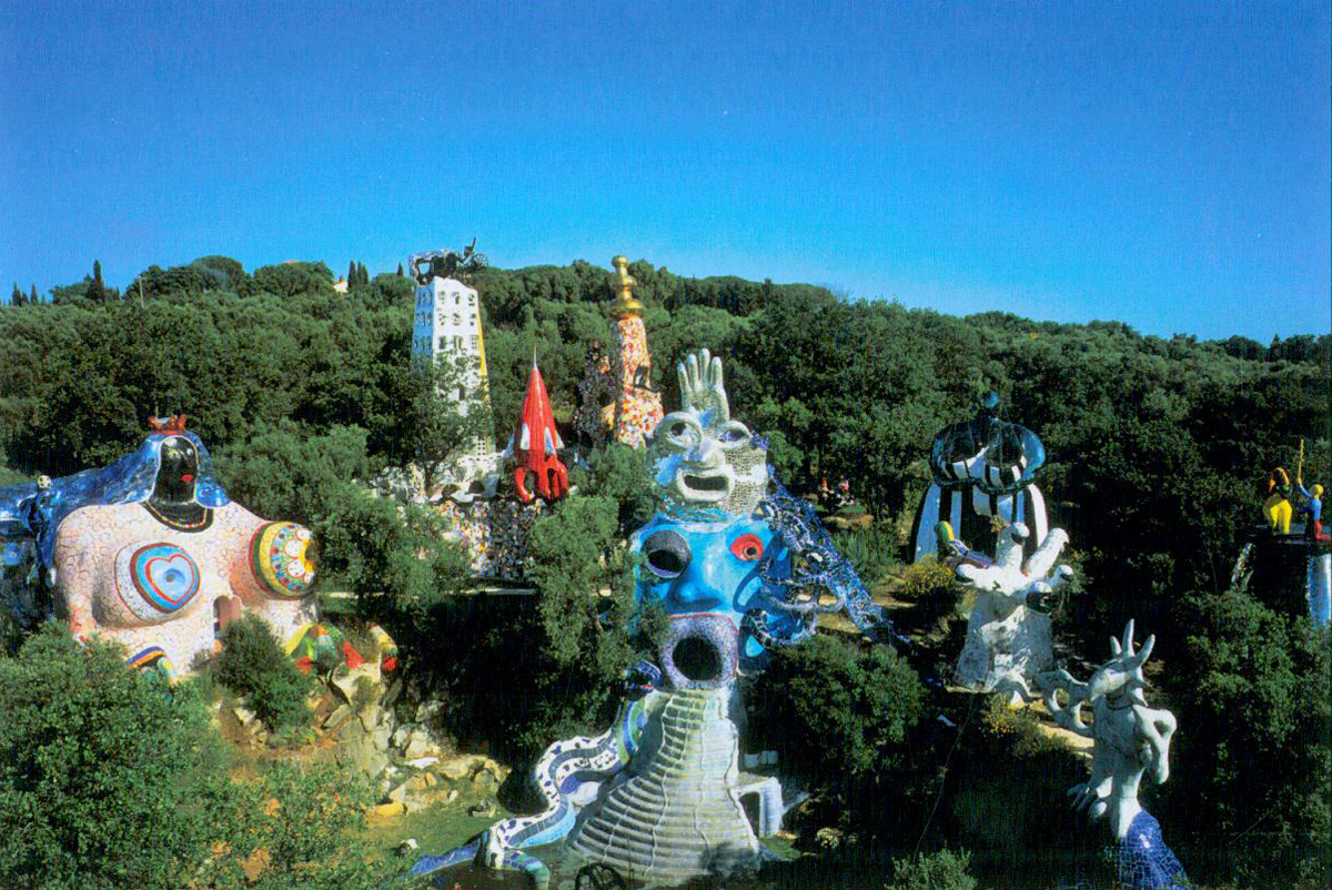 That day, I knew I'd only scratched the surface of things in Niki de Saint Phalle's Tarot Garden. This is a place to which I shall certainly return. Image courtesy of Il Fondazione Giardino Dei Tarocchi.